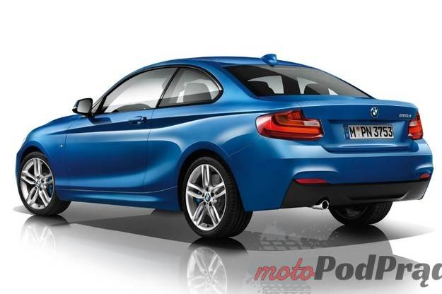 0003PW4FBGB72PDS C116 F4 Coupe BMW z trzema cylindrami