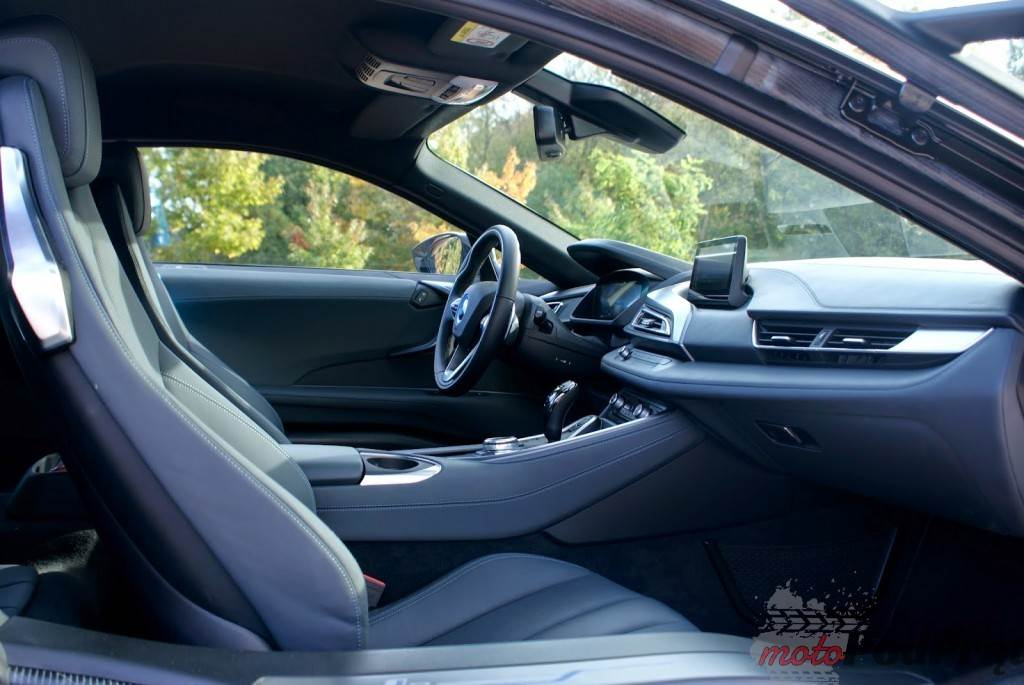 1418 1024x685 Test: BMW i8