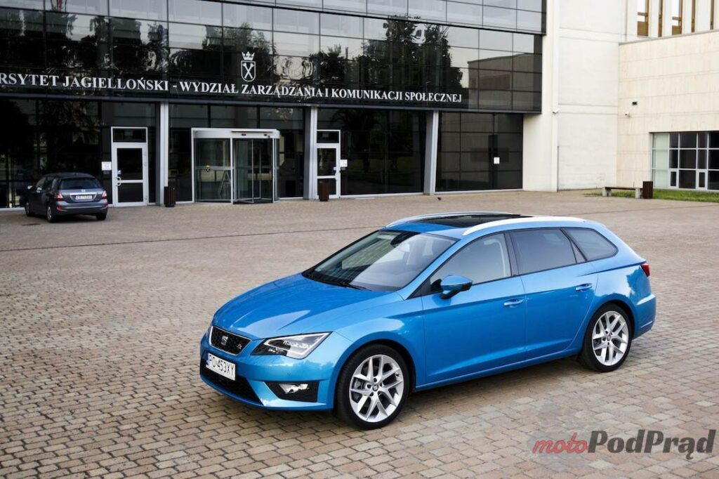 moto pod pr d test seat leon st fr 2 0 tdi 184 km. Black Bedroom Furniture Sets. Home Design Ideas