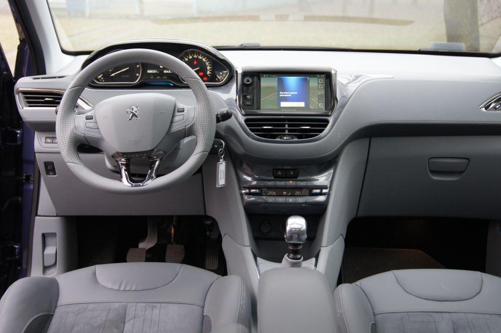 DSC09094 Test: Peugeot 208 1.6 e HDI