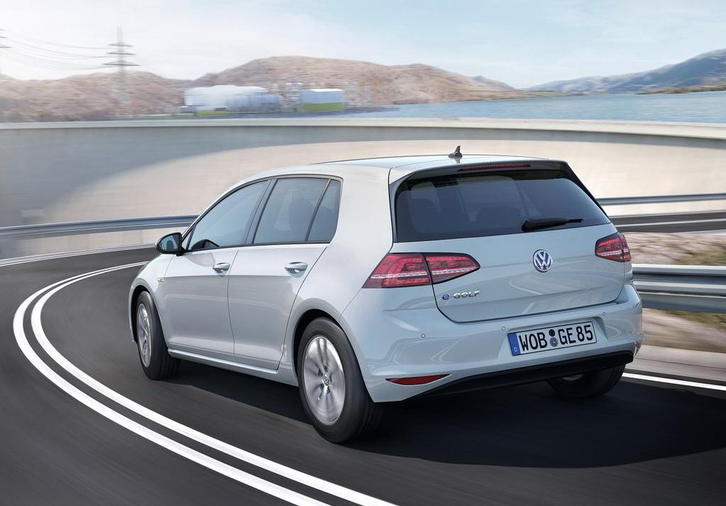 Volkswagen e Golf 2015 1024x768 wallpaper 09 Ekologiczny VW E Golf tuż tuż