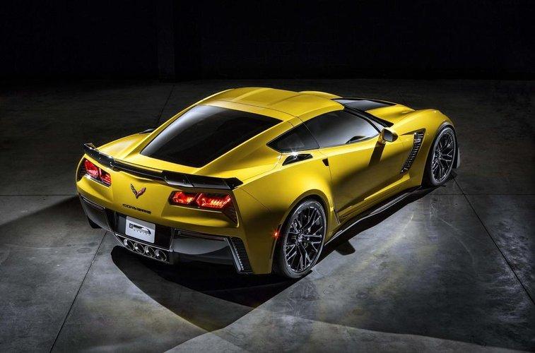 corvette z06 2 Corvette Z06   premiera 13.01