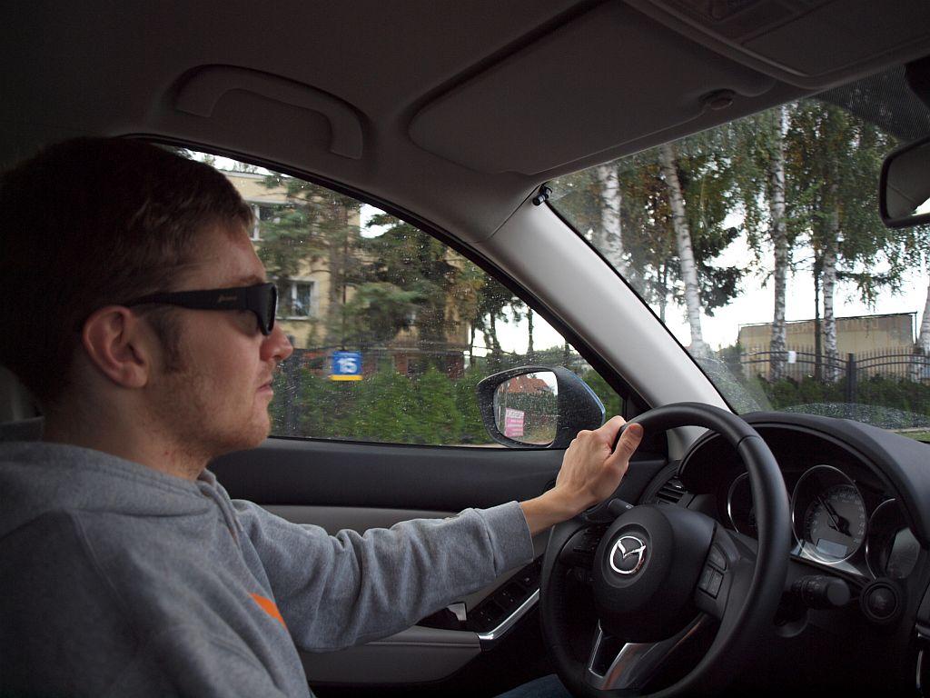 glassini okulary 1 Moto gadżet: Okulary Glassini   ściemniaj i rozjaśniaj do woli