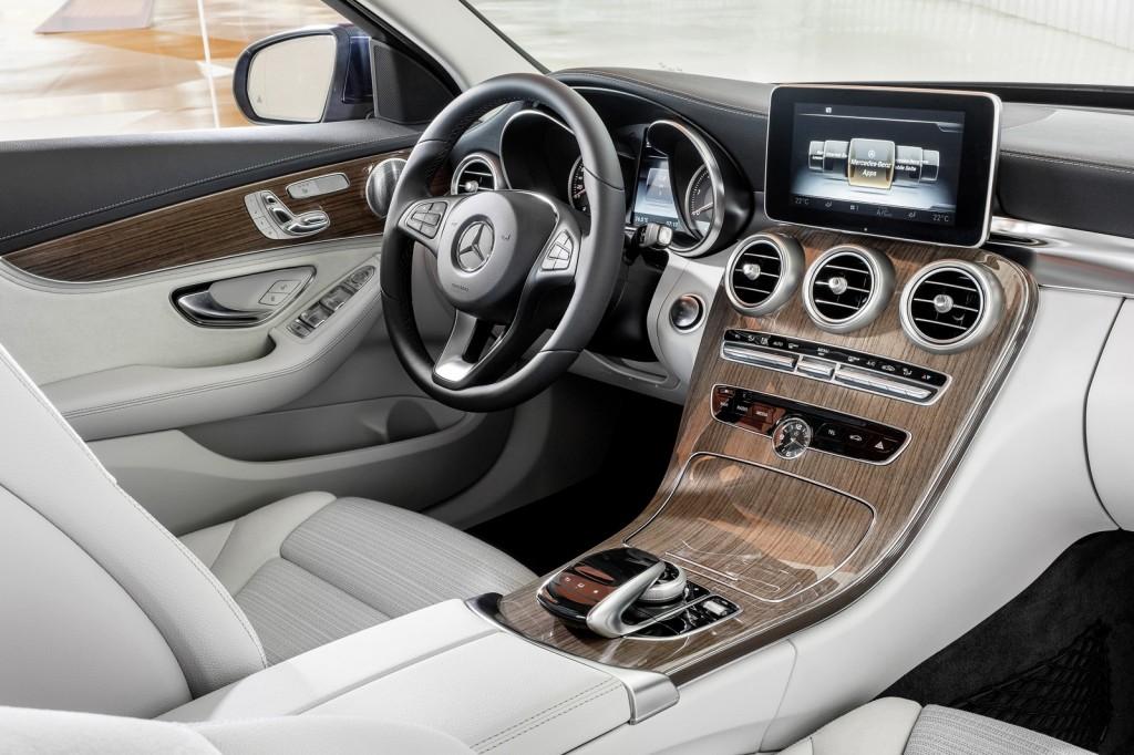 2015 mercedes c class 493 1024x682 C klasa AMG Line dla bardziej wymagających