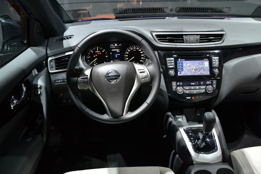 5611167 nissan qashqai 2 Nissan Qashqai powalczy z Range Roverem Evoque?