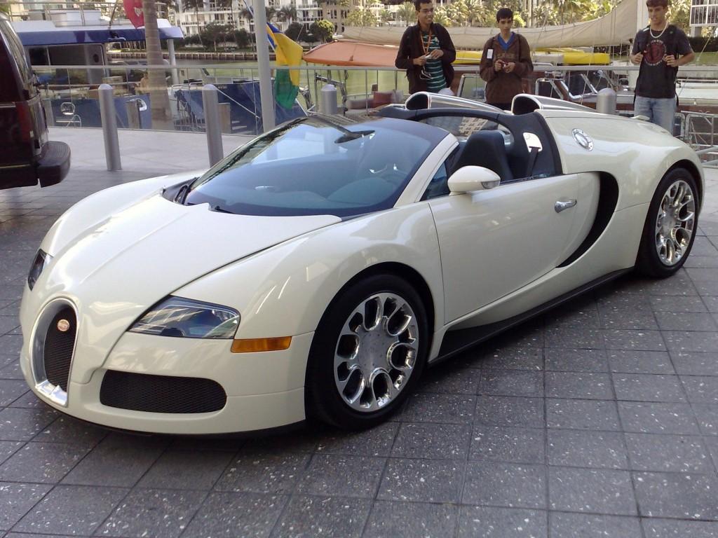 Bugatti Veyron EB 16.4 Grand Sport 1024x768 Bugatti nie może sprzedaż 40 Veyronów