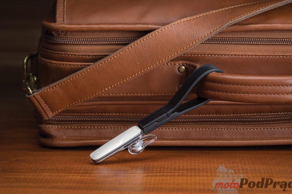 Explorer 500 White Plaid Briefcase [Konkurs] Wygraj słuchawkę Bluetooth Plantronics Explorer 500