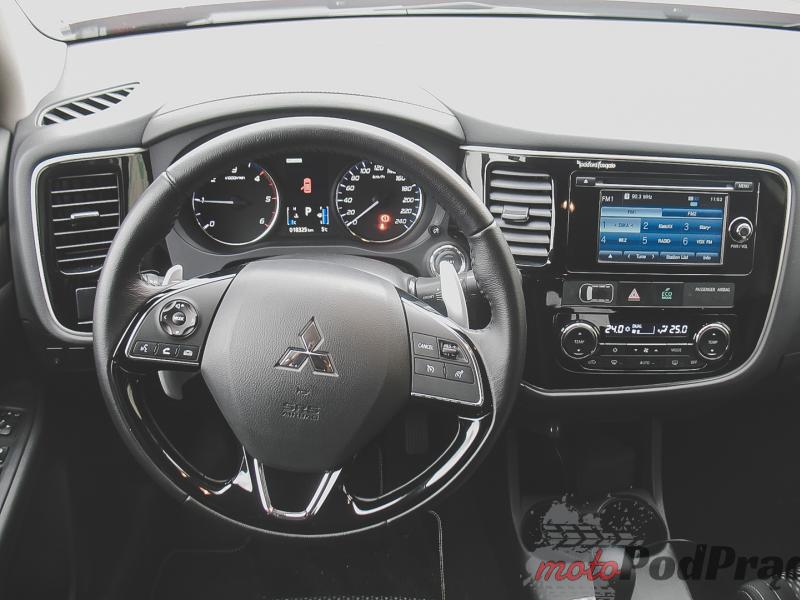IMG 0854 Test: Mitsubishi Outlander 2.2 DID 6AT   spokój na kołach