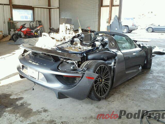uszkodzone porsche 918 spyder 2 Uszkodzone Porsche 918 Spyder na sprzedaż