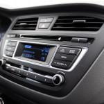 Hyundai i20 coupe 13 150x150 Test: Hyundai i20 Coupe   ładny mieszczuch
