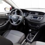 Hyundai i20 coupe 17 150x150 Test: Hyundai i20 Coupe   ładny mieszczuch