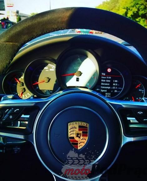 Porsche Cayenne GTS 2 1 5 minut z... Porsche Cayenne GTS