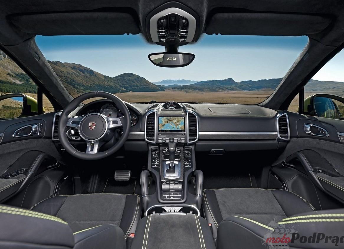 Porsche Cayenne GTS 3 5 minut z... Porsche Cayenne GTS