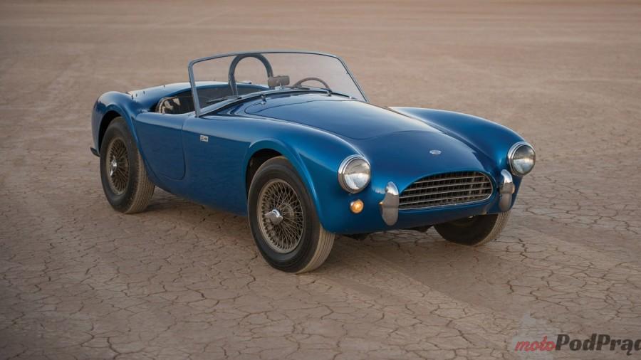 082216_motor_cobra_auction