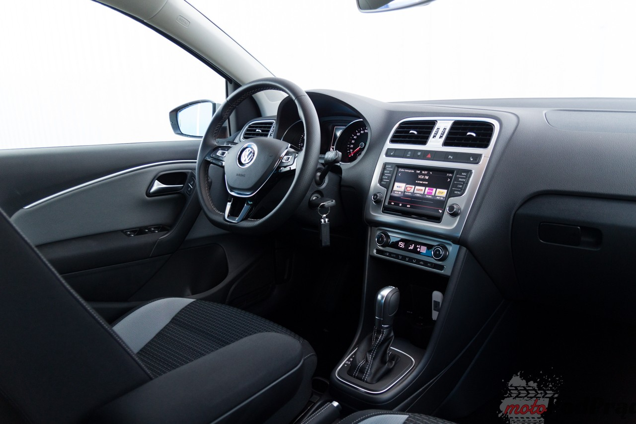 Volkswagen Cross Polo 13 Test: Volkswagen Cross Polo 1.2 110 KM   przeciera szlaki