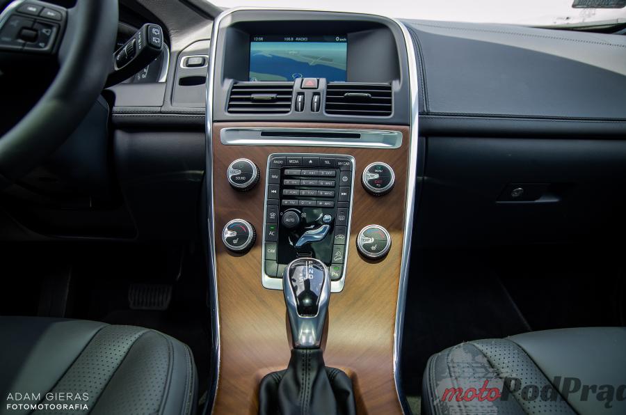 Volvo XC60 test 19 Test: Volvo XC60 D4 AWD Summum Inscription   ma w sobie coś z MILF a!