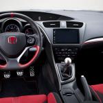 8 150x150 Test: Honda Civic Type R 2.0T 310 KM   pakt z diabłem