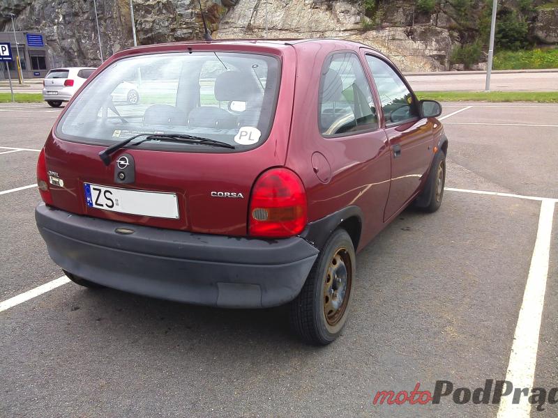 Fot.2 Plastiki na słońcu płowieją Używane: Opel Corsa 1.2 City   oszczędzanie ekstremalne