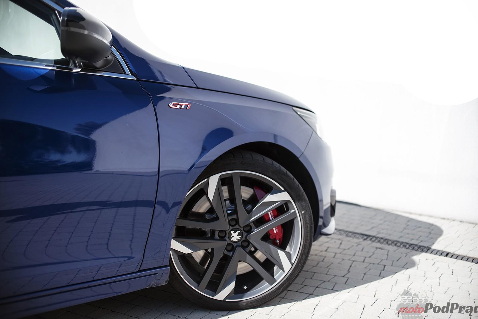 Peugeot 308 GTi 18 Test: Peugeot 308 GTi   potrafi przycisnąć