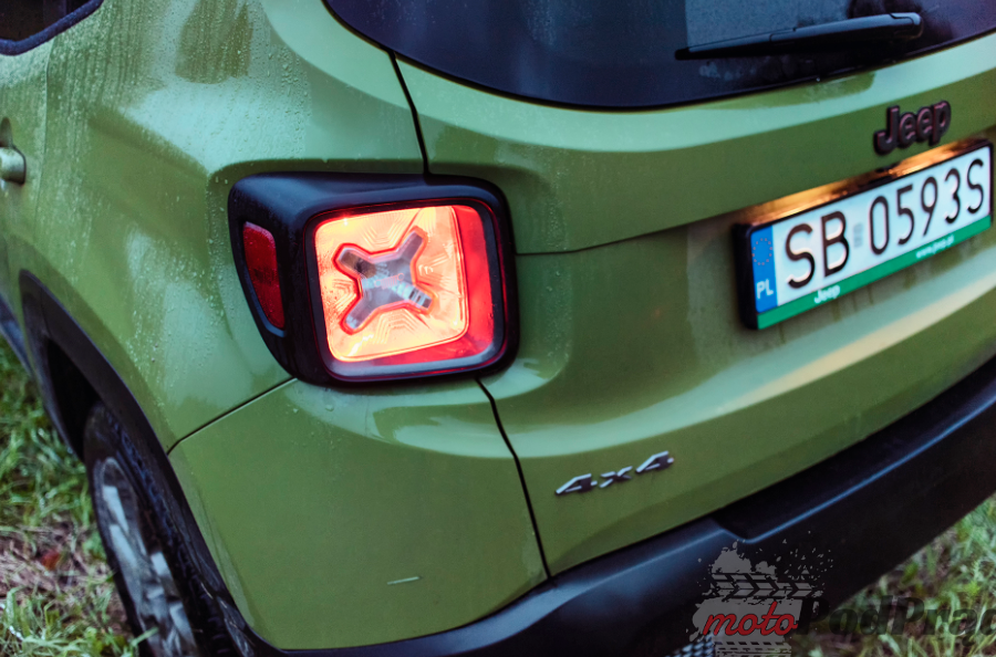 Jeep Renegade 21 Test: Jeep Renegade 75th Anniversary   mały ale jary