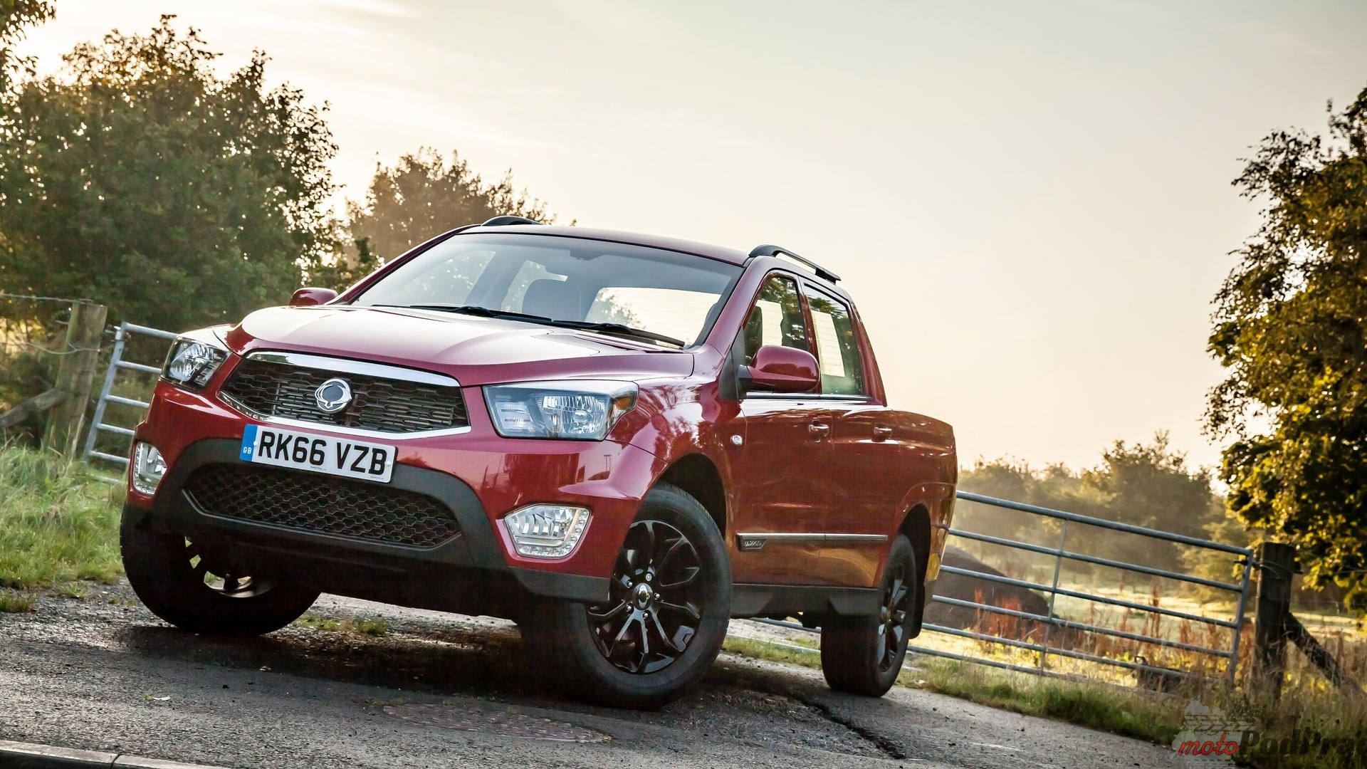 ssangyong-musso-1
