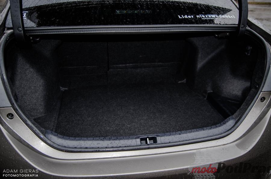 Toyota Corolla 12 Test: Toyota Corolla 1.6 Valvematic 132 KM Prestige   król sedanów?
