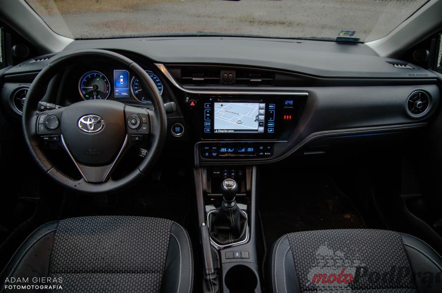 Toyota Corolla 9 Test: Toyota Corolla 1.6 Valvematic 132 KM Prestige   król sedanów?