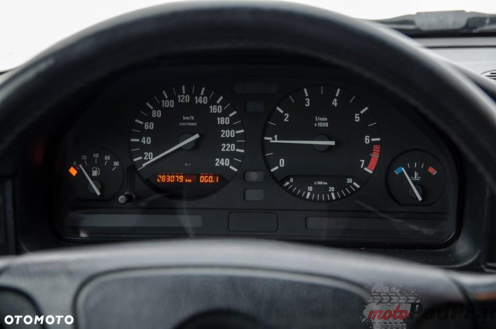 11 1024x679 Sprzedam: BMW E34 518 w stanie niemal idealnym, bez rdzy   youngtimer jak się patrzy!