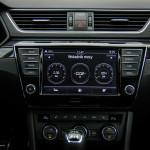 Superb 22 150x150 Test: Škoda Superb 2.0 TSI 280KM Sport Line   turbo pocisk łamiący schematy