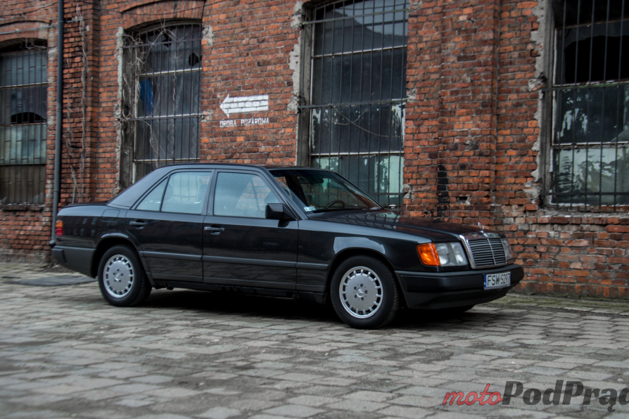 W124 9 Test: 1988 Mercedes Benz W124   nie do zajechania