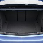 bagażnik bmw 330 150x150 Test: BMW 330xi. Nie z wieszaka.