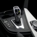 biegi bmw 330 150x150 Test: BMW 330xi. Nie z wieszaka.