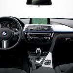 kokpit bmw 330 150x150 Test: BMW 330xi. Nie z wieszaka.