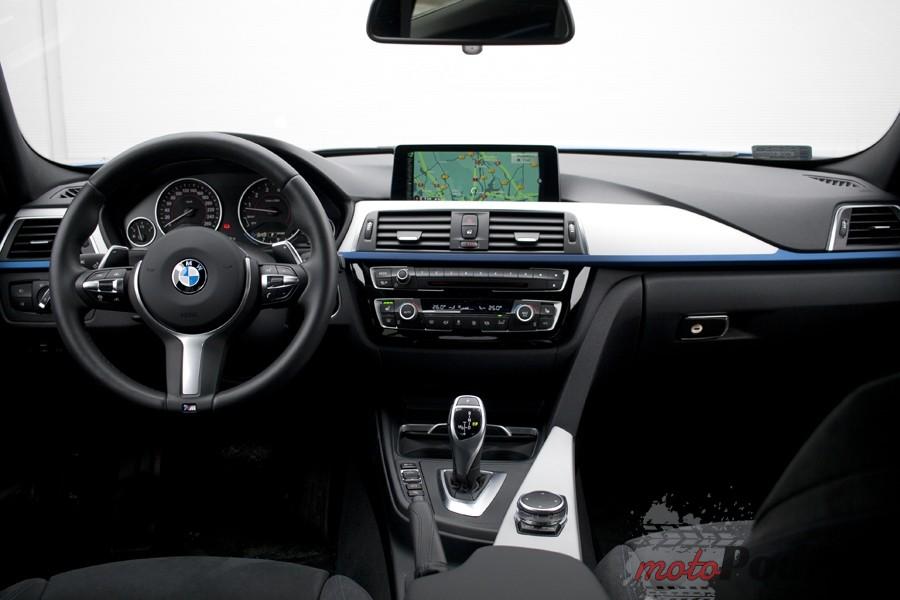 kokpit bmw 330 Test: BMW 330xi. Nie z wieszaka.