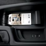 miejsce na telefon bmw 150x150 Test: BMW 330xi. Nie z wieszaka.