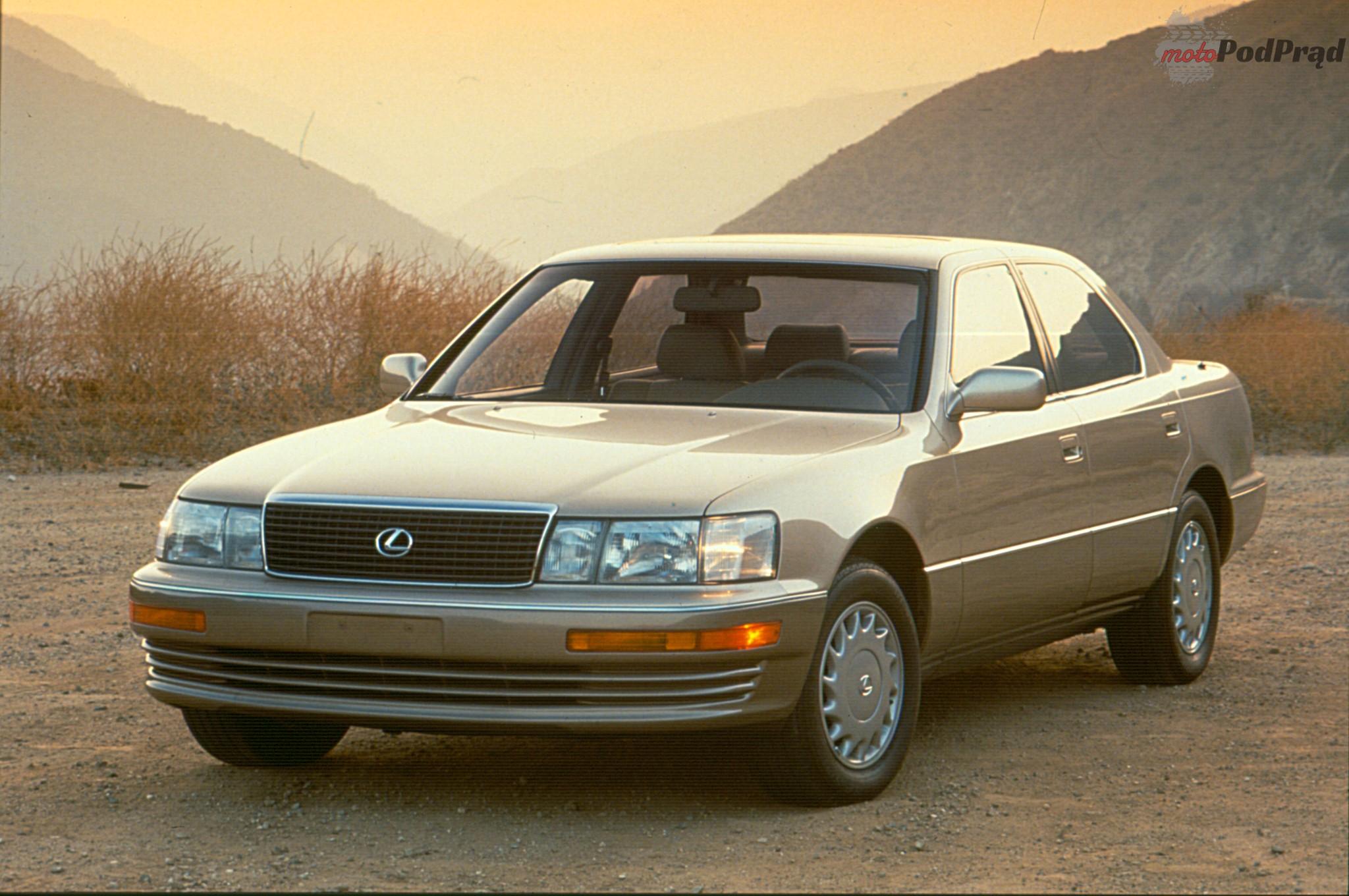 1990 Lexus LS 400 front three quarter Przełomowe samochody lat 80.