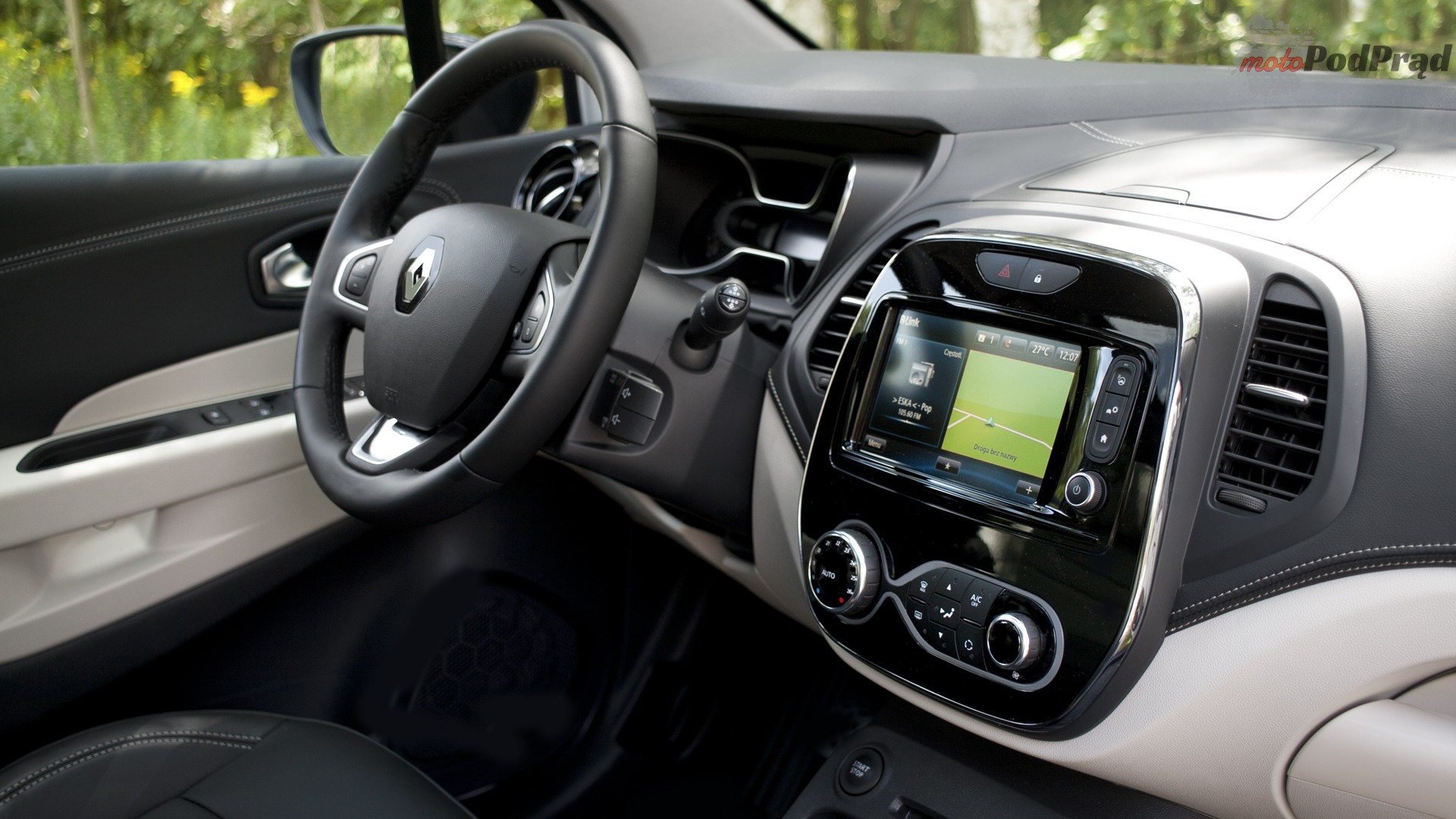 4 1 Test: Renault Captur Initiale Paris 1.2 Tce   diament w koronie?