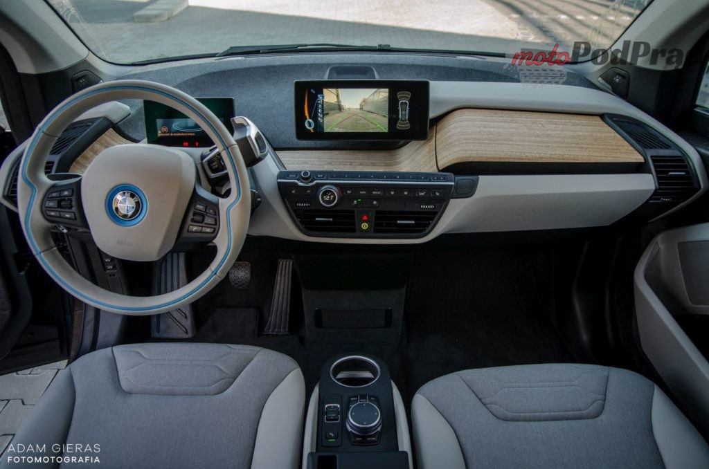 bmw i3 16 1024x678 Test: BMW i3   Krótki lot w kosmos
