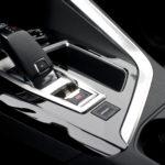 peugeot 5008 biegi 150x150 Test: Peugeot 5008 Allure 1.6 THP   indywidualista na przekór...
