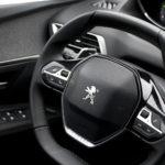 peugeot 5008 kierownica 1 150x150 Test: Peugeot 5008 Allure 1.6 THP   indywidualista na przekór...