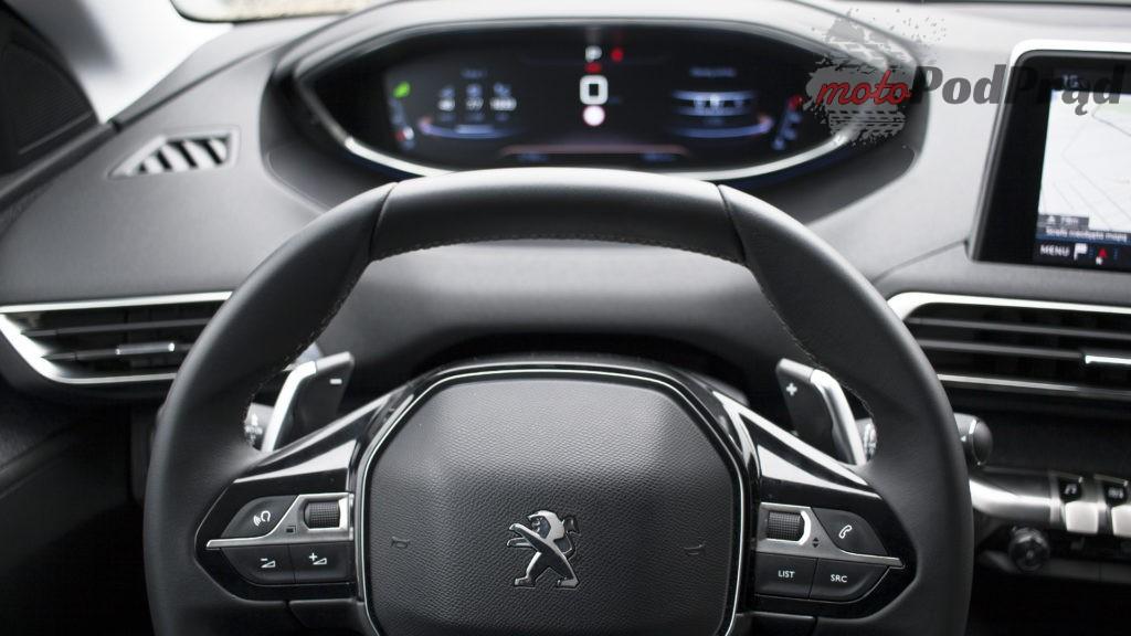 peugeot 5008 zegary 1024x576 Test: Peugeot 5008 Allure 1.6 THP   indywidualista na przekór...