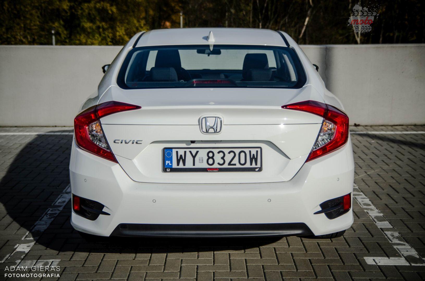 Honda Civic 9 Test: Honda Civic sedan 1.5 Turbo Elegance   reprezentacyjny kompakt