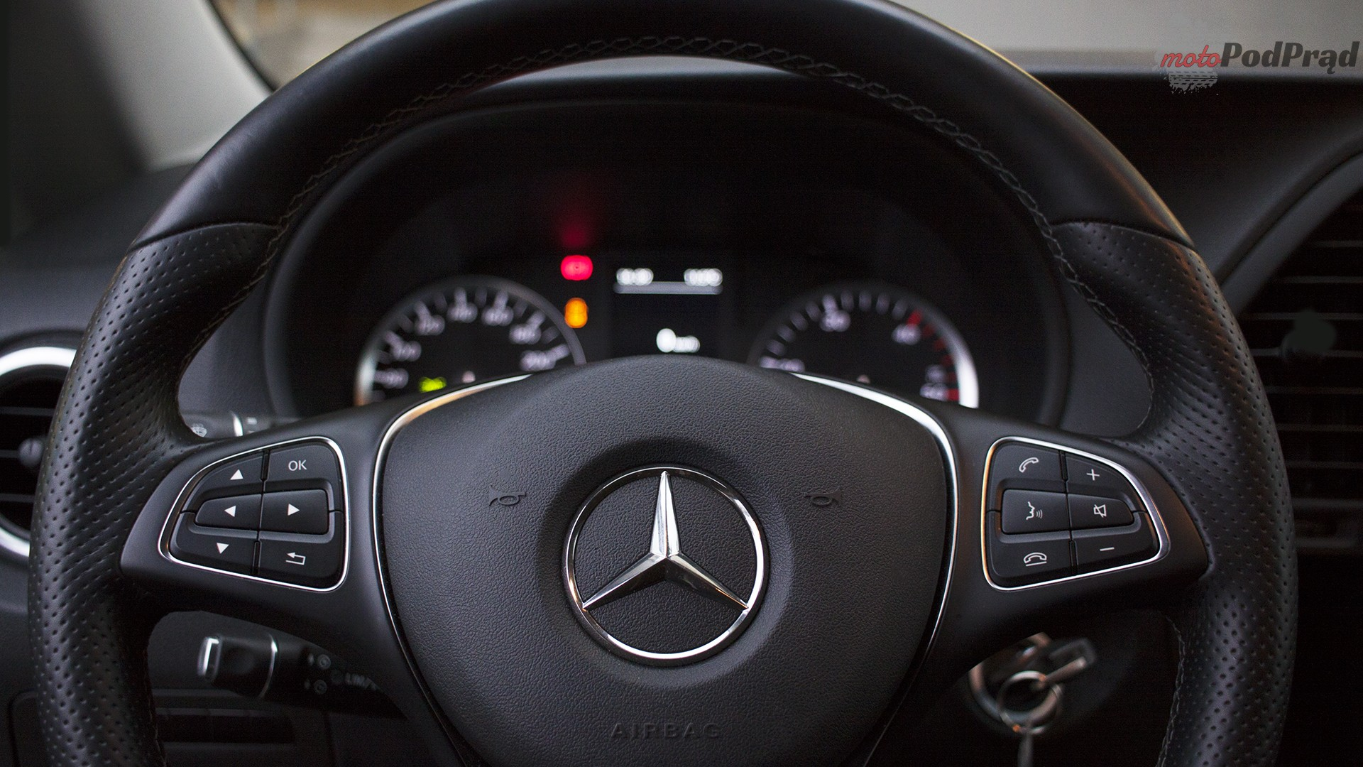 11 1 Test: Mercedes Vito furgon 111 CDI 4x2   blaszak z charakterem