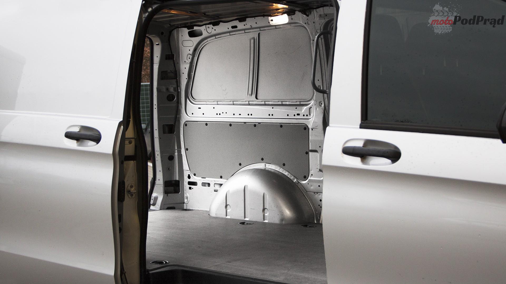 20 1 Test: Mercedes Vito furgon 111 CDI 4x2   blaszak z charakterem