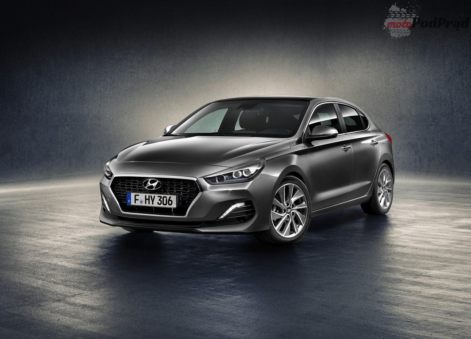 Hyundai i30 Fastback 2018 1600 01 Hyundai i30 Fastback już niedługo w Polsce