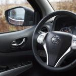 nissan navara kierownica 2 150x150 Porównanie: Nissan Navara NP300 2.3 dCI kontra Mitsubishi L200 2.4D Monster
