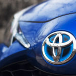 toyota yaris hybrydowa hybrid 2017 selection maska znaczek logo 1 150x150 Test: Toyota Yaris Hybrid Selection   chłodna kalkulacja?