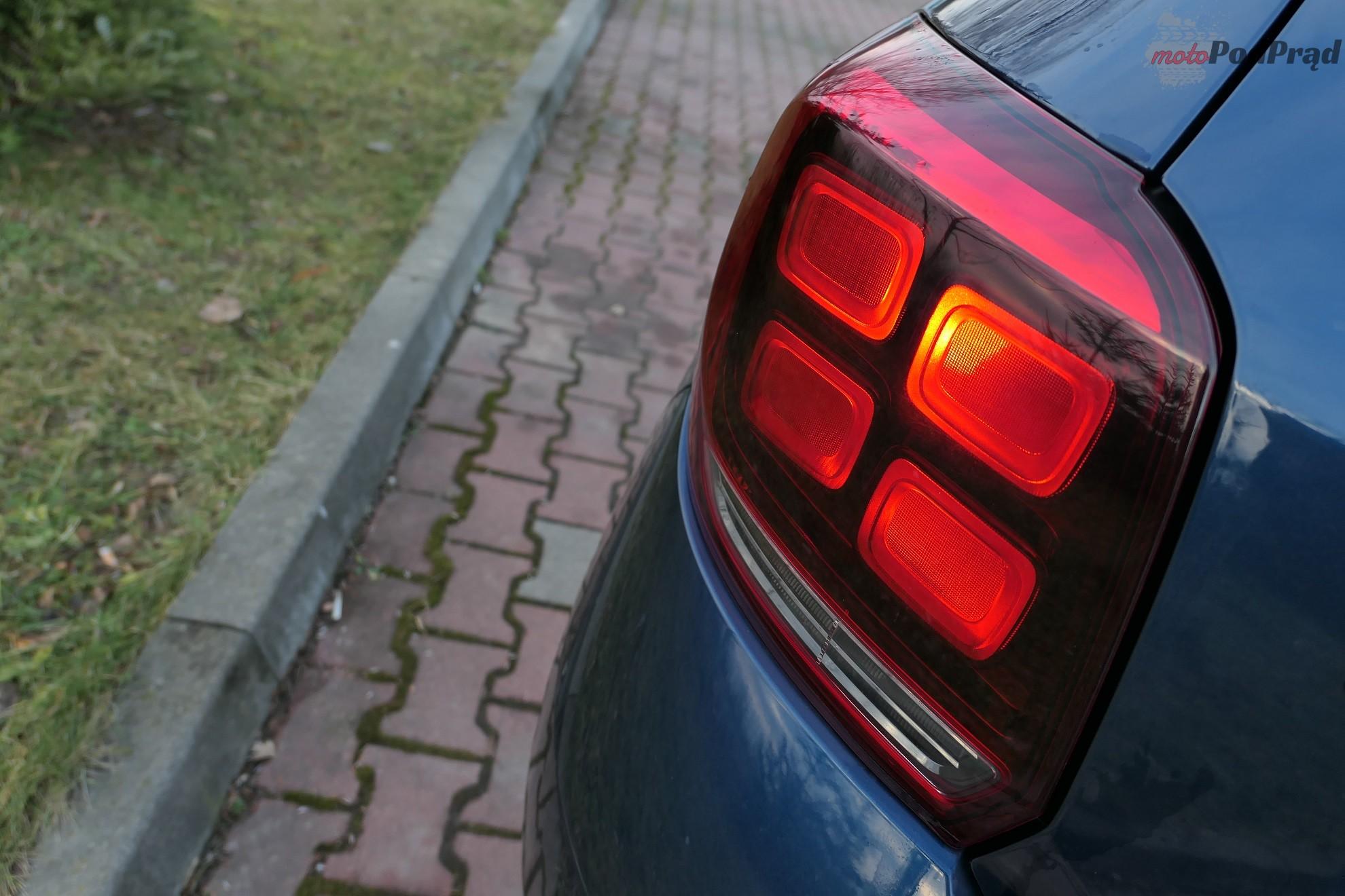 Dacia Sandero 22 Test: Dacia Sandero 1.0 75 KM   w cenie dodatków