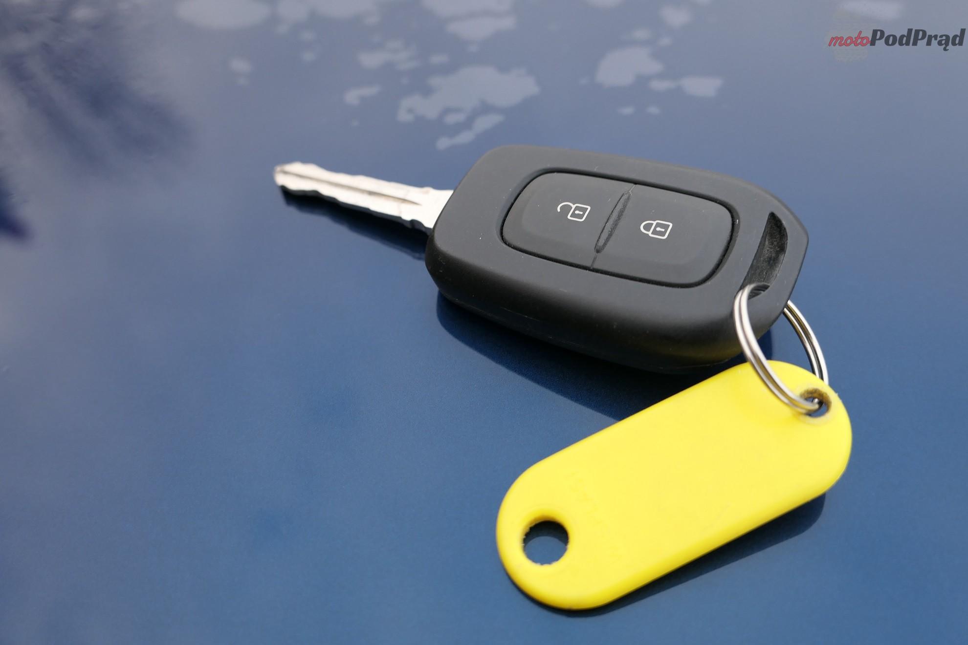 Dacia Sandero 34 Test: Dacia Sandero 1.0 75 KM   w cenie dodatków