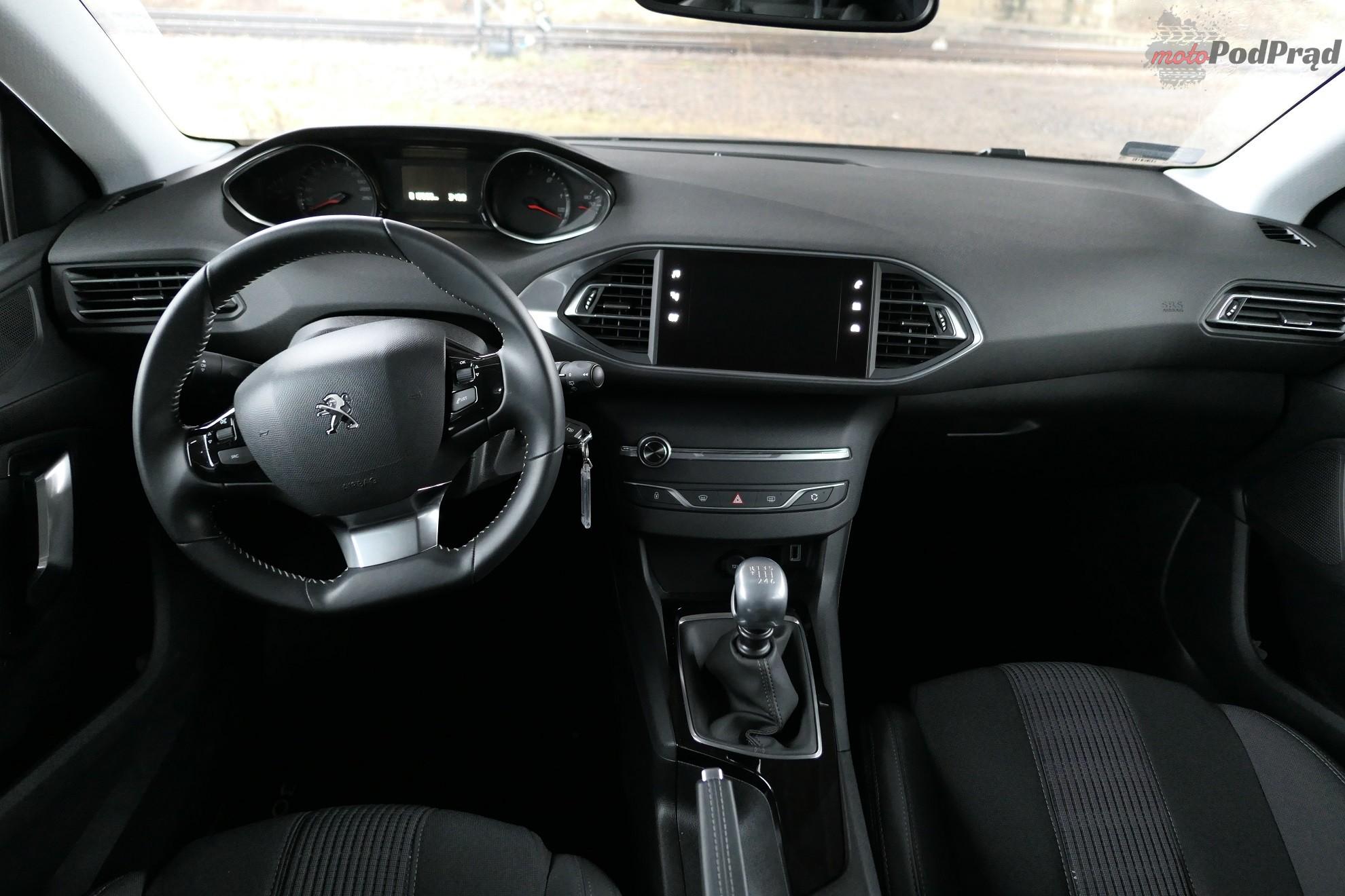 Peugeot 308 SW 17 Test: Peugeot 308 SW 120 KM   potrafi podrapać